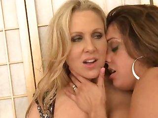 Lesbian,