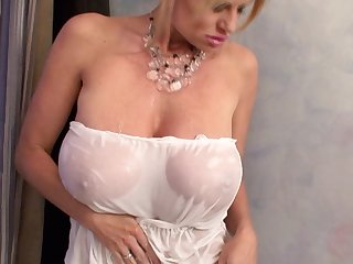 Kelly Madison enjoys a bath together with a fellow's colossal dong