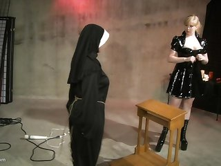 Leathered up blonde uses a whip give make her slave's nuisance turn red