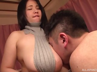 Japanese Yuuki Iori stuffs her bosom in a guy's mouth and gives pill popper