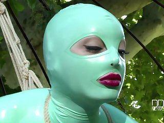 sex game with Latex Lucy is something that everyone wants to receive