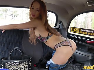 Sweet Kira Barb ramming a fat driver's penis in his taxi cab