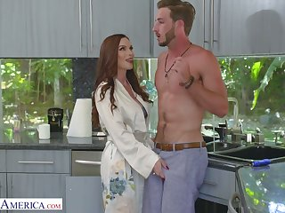 Luscious red haired mommy Diamond Foxxx seduces handsome stepson