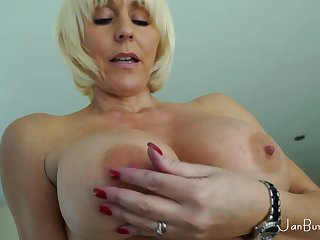 Horny granny with outstanding melons unassisted session