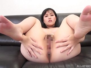 Young Japanese reveals pussy coupled with ass for distance off POV