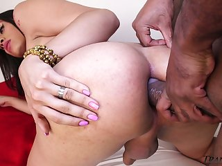 Curvaceous tranny Mariana Pink gives a blowjob and gets anus blacked