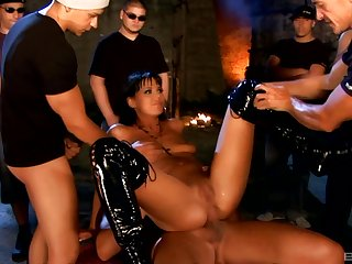 Triple penetration for cock hungry slut Simony Diamond with cum shot