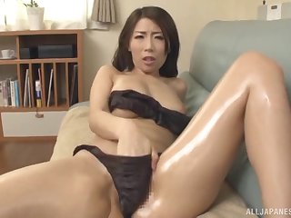 Fabulous Japanese Ayumi Shinoda can't wait take please her suitor badly