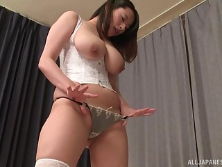 Busty Japanese Haruna Hana gets their way unshaved cunt pleased off out of one's mind a pauper