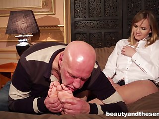 Naughty old boss makes his secretary Lucette Nice have sexual relations with him