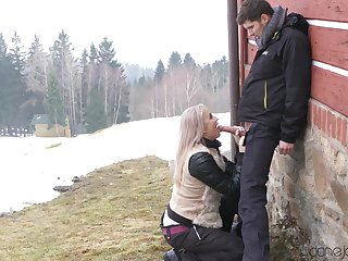 Quickie fucking ends with a messy facial for a cute tow-headed girl