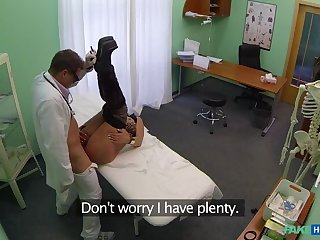 Horny Mature Ungentlemanly Confesses Sexual Secret To Doctor
