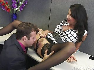 Lezley Zen fucking roughly the desk with her big tits