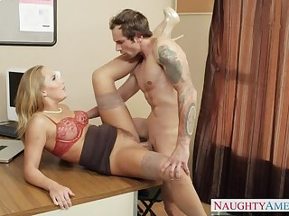 Carter Voyage fucking in the office thither their way outie pussy