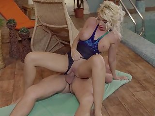 Order about Romanian blonde Ava Campos takes a hot erotic poolside nailing