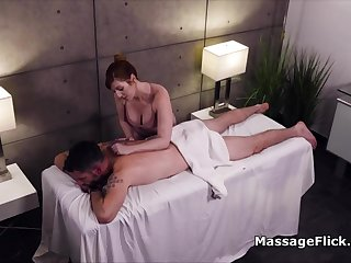 Milking clients cock under the palpate gaming-table less secret